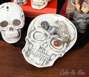 Montgomeryville Vintage Skull Plate